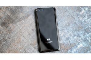 Обновление Xiaomi Mi 6 принесло поддержку Mi Pay